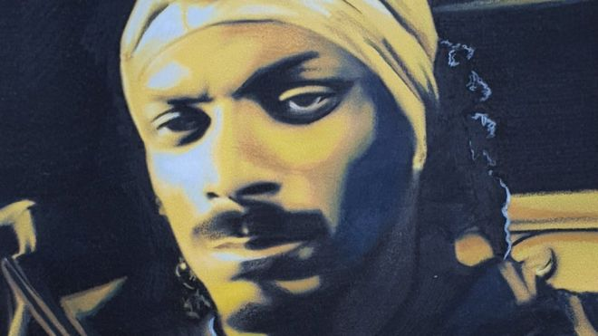 Bristol decorator's art lands him job with Snoop Dogg